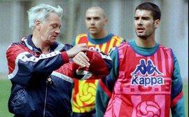 Guardiola viết tâm thư cầu xin Bobby Robson cho đến Newcastle