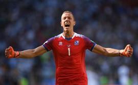 Huyền thoại Pháp chỉ ra lý do giúp các đội bóng