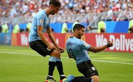 Song sát Suarez - Cavani tỏa sáng, Uruguay xé tan mộng đẹp của chủ nhà Nga