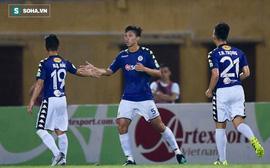 Sớm bị trừng phạt, Hà Nội FC vẫn được cứu nhờ siêu phẩm của người chẳng ai ngờ tới