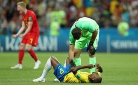Vừa đặt chân về Brazil, hai ngôi sao Man City lập tức chịu chỉ trích tối mặt