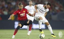 Man United thắng nghẹt thở AC Milan sau 26 quả đá luân lưu 11m