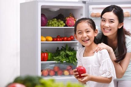 Những vitamin mẹ phải bổ sung cho con trong mùa đông