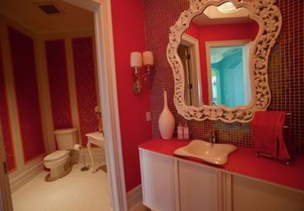 444dfb6cachbaitriphongtamantuo Chia sẻ 6 cách bài trí phòng tắm ấn tượng với gam màu đỏ