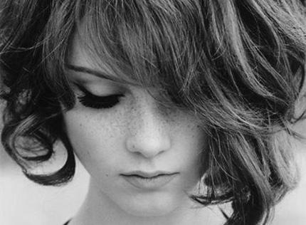 Tạo kiểu tóc phù hợp cho nàng tóc mỏng 9