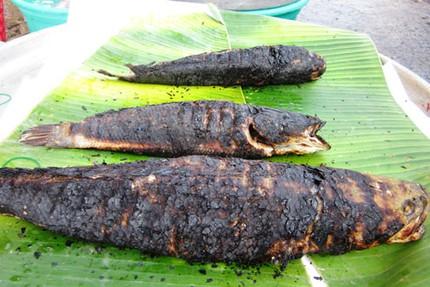 Ngày vía thần Tài, cá lóc nướng đắt gấp đôi 4