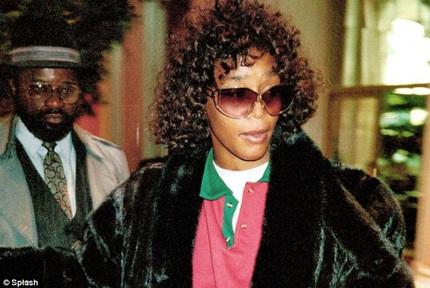 FBI công bố đời tư đau khổ của Whitney Houston 2