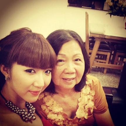 Những bà mẹ cưng con của làng chân dài Việt