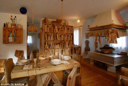 Độc đáo ngôi nhà gỗ từ A đến Z 1