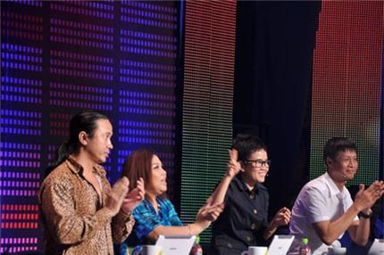Sao Việt gặp sự cố trên sóng trực tiếp