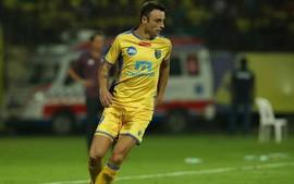 Berbatov ghi bàn thắng đầu tiên sau tin đồn về dưới trướng Công Vinh