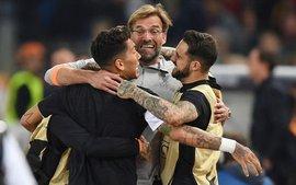 Quật cường ghi liên tiếp 3 bàn, AS Roma khiến Liverpool