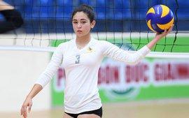 Các nữ VĐV xinh đẹp tuổi teen Hoa Kỳ giao lưu bóng chuyền tại Việt Nam