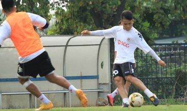 Quang Hải miệt mài tập sút, Đức Huy chấn thương bỏ dở buổi tập trước vòng 6 V.League