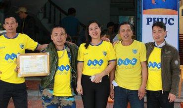NHM Thanh Hóa vượt hàng chục cây số chờ Bùi Tiến Dũng ra sân
