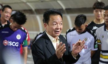 Bầu Hiển xuống sân thưởng nửa tỷ đồng cho Hà Nội FC