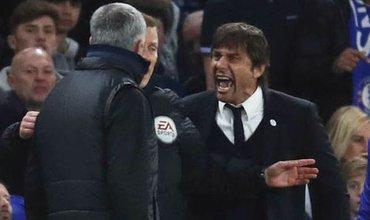 Conte – Mourinho: Cuộc chiến giữa đại trượng phu và gã đàn ông… mặc váy
