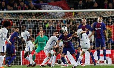 Chelsea có nghiên cứu không gian như Stephen Hawking cũng bất lực với Messi