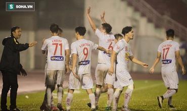 Sau thảm bại trước Hà Nội FC, HAGL tưng bừng