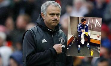 Tại sao Man United lại trân trọng một bức ảnh quá đỗi bình thường của Messi?