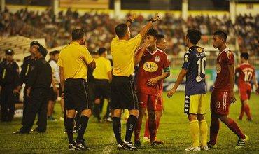 HLV Hà Nội bỏ họp báo, HLV HAGL trách khéo Ban huấn luyện đối phương