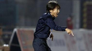 HLV Miura khẳng định không sợ bị Công Vinh sa thải